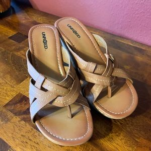 Unr8ed wedge sandals size 8